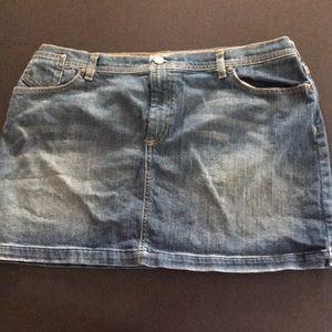 Old Navy Low Waist Stretch Jean Skirt 20
